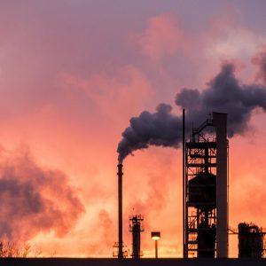 Preisexplosion nach Angriff auf Ölanlagen in Saudi-Arabien