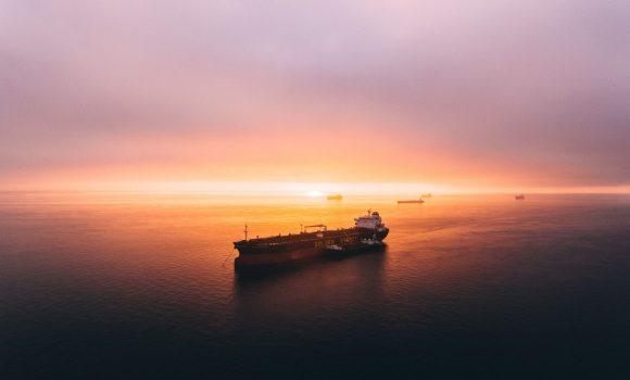 Ölpreise wieder gefallen – Kooperation zwischen OPEC und USA möglich